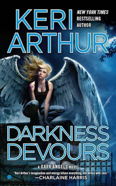 Book cover for Darkness Devours by Keri Arthur